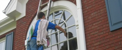 Simple Tips for Cleaning Windows in Atlanta